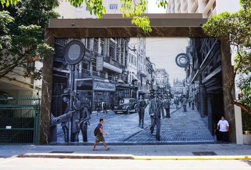 """""""Muro+das+Memórias""""+Street+art+Sao+Paiulo+(Rua+Oscar+Freire),+Brazil,+by+artist+Eduardo+Kobra."""