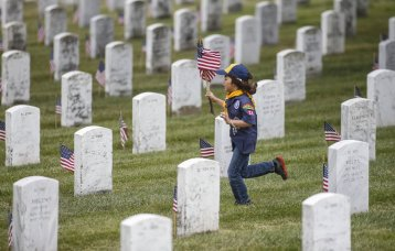 Memorial_Day_Californ_Gorc_t1200