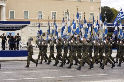 1388778021-greek-independence-day-military-parade_1910281