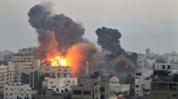 371482_Israel bombs Gaza