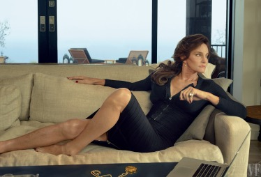 55882524ca2dc24e4d26ef9a_caitlyn-jenner-july-2015-vf-06 (1)