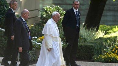 pope-vatican-embassy_wide-a52a30d04f907895856b1c2bf953a83db62d5de0-s700-c85