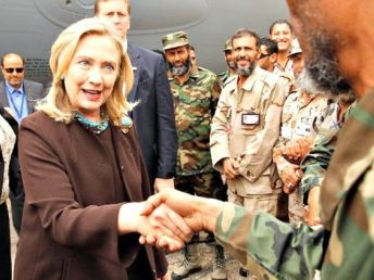 Hillary-Clinton-in-Libya-Reuters-640x480