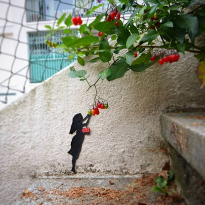 mini-streetart-in-germany-by-artist-oakoak