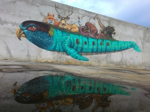 streetart-in-thailand-by-artist-mauy-photo-by-thailandsa