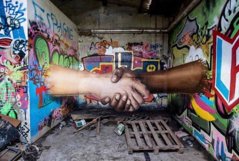 graffiti-is-only-sharing-streetart-in-montpellier-france-by-artist-jeaze-photo-by-jonathan-galy